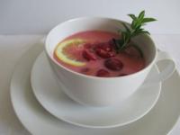 Hideg meggyleves: a nyári hideg levesek sztárja